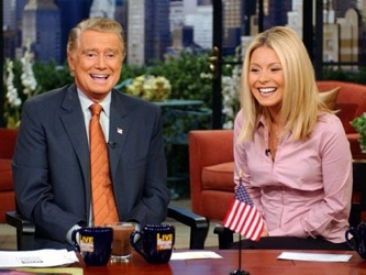 Regis and Kelly played 'The World's Ventriloquist'